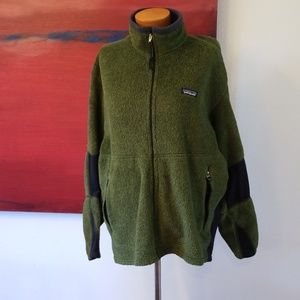 Patagonia forest green zip front steater